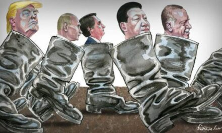 Chris Hedges: America's Fate: Oligarchy or Autocracy